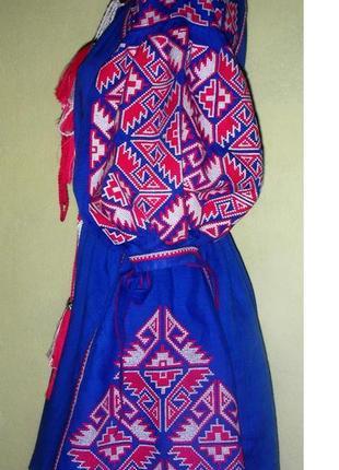 Вышитое детское платье из льна.3