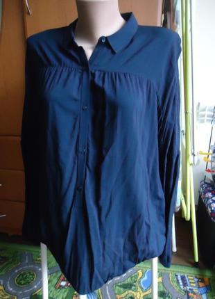 Блуза фирменная. 100% вискоза