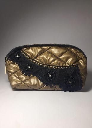 Косметичка золотая с кружевом ажуром блестящая с бусинками цветами стразами клатч сумка