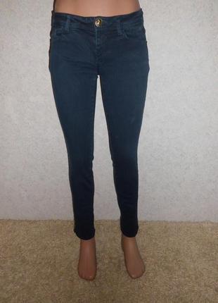 Темно-синие джинсы от tally weijl.