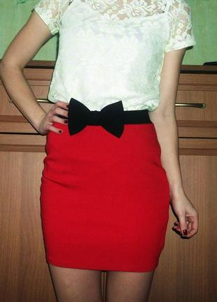 Красная плотная мягкая юбка с бантиком lipsy