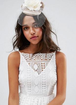 Свадебная шляпка таблетка вуалетка asos
