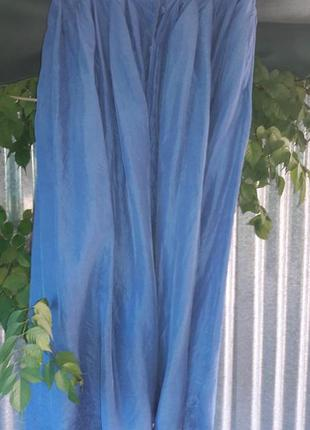 Шелковая юбка василькового цвета