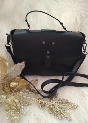 Красивая, модная  сумочка из натуральной кожи. vera pelle италия