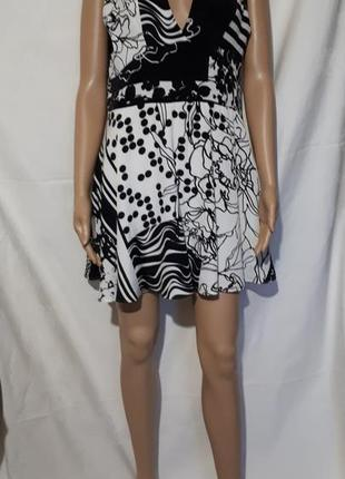 Платье воздушное с бантом черно белое