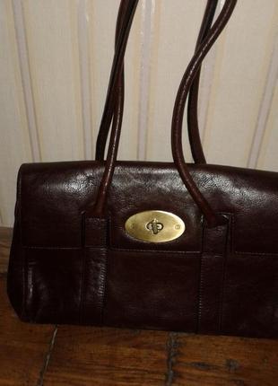 Продам сумку кожаную добротную, смотрится дорого