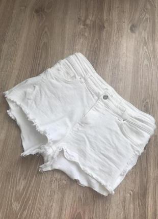 Белые шорты рваные крутые білі шорти 2018