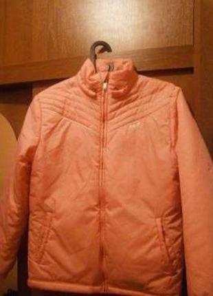 Весняна куртка reebok