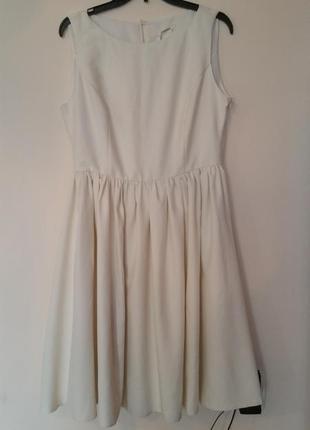 Ніжне плаття/короткий рукав/колір шампань