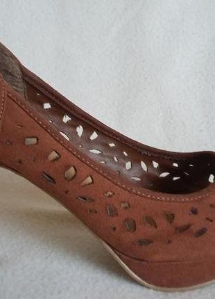 Фирменные туфли new look p. 39 стелька 25,5 см