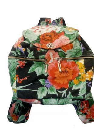 Яркий рюкзак в цветочный принт со змейкой ручная работа