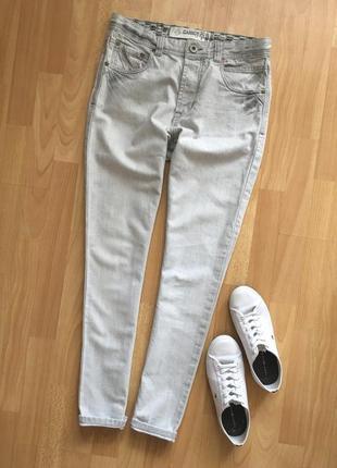 Доступно - джинсы-бойфренды на высокой посадке *asos carrot* 30 р.
