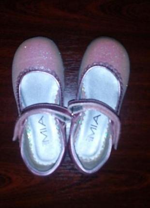 Святкові туфельки mini-mia, р.8,5. оригінал із сша