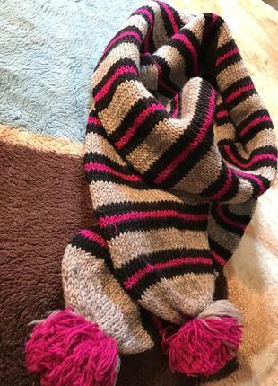Классный шарф,теплый,вязаный в полоску