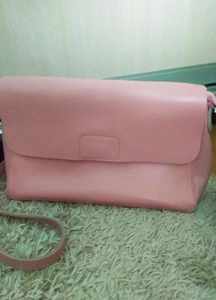 Розовая сумка натуральная кожа на длинной ручке