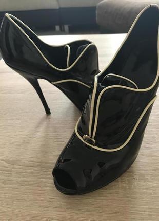 Ботильоны туфли gucci оригинал