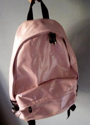 Стильный большой рюкзак, пудровый глянцевый кожзам