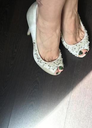 Свадебные туфли люкс бренда