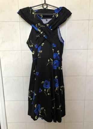 Платье zara по фигуре вечерние черное платье с цветами