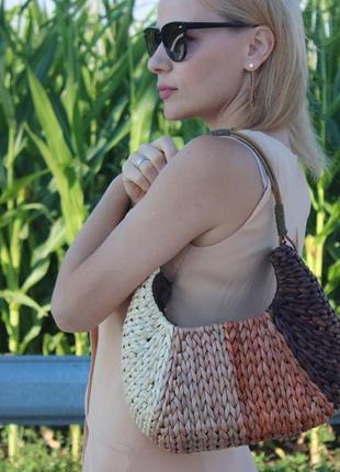 Плетённая женская сумка из натуральной соломки atmosphere