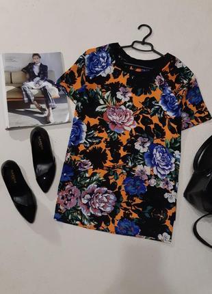 Красивая блуза футболка.размер м
