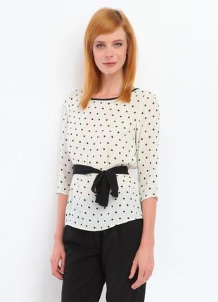 Жіноча блузка від top secret в горошок . в класичному стилі