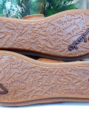Новые удобные кожаные босоножки! 39 р.англия!!! стильные и легкие!!!5 фото