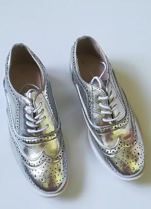 Трендовые туфли - оксфорды