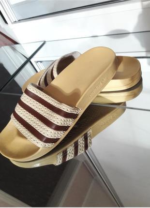 Шлепанцы тапочки сандалии adidas originals slippers adilette