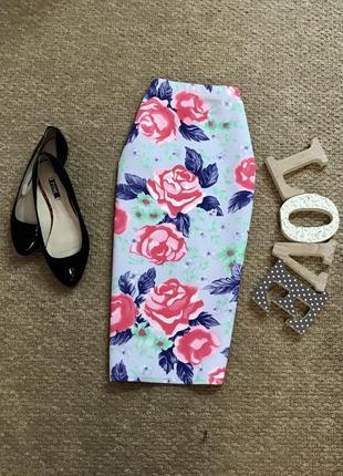 Красивейшая юбка с плотной ткани в принт