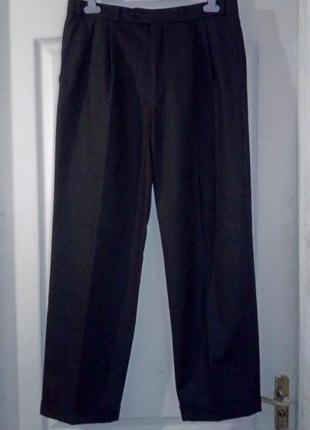 Шерстяные брюки барбери. германия.