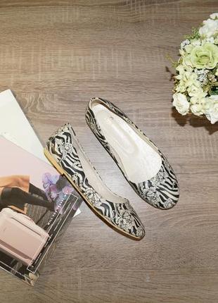 (36р./23см)soloshoes! кожа! стильные и комфортные туфли, балетки в цветочный принт