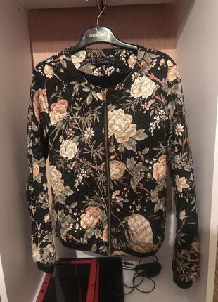 Куртка курточка бомпер
