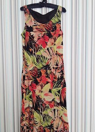 Платье в тропический принт из вискозы на 50-52 размер