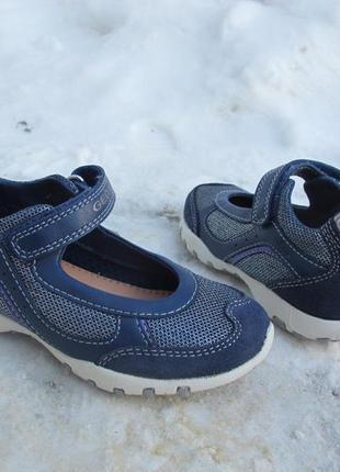 Спортивные туфли кроссовки geox. оригинал