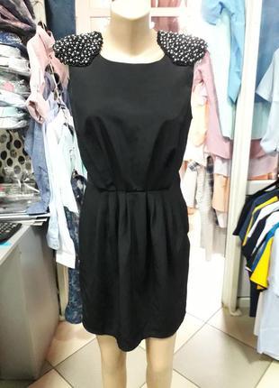 Платье черное короткое жемчуг