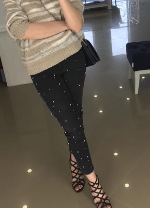 Zara джинсы с бусинами 38 р