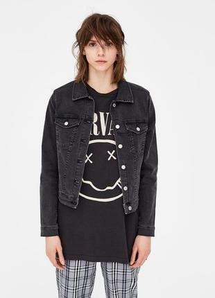 Джинсовая куртка оверсайз со шнуровкой  pull&bear