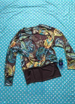Блуза под резинку с рукавом летучая мышь и принтом индийские огурцы