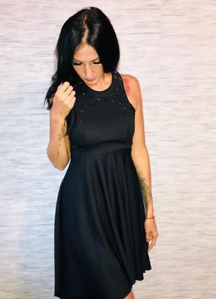 Вечернее черное платье с открытой спиной moxito
