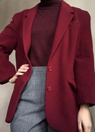 Пальто шерстяное бойфренд оверсайз крой винного цвета