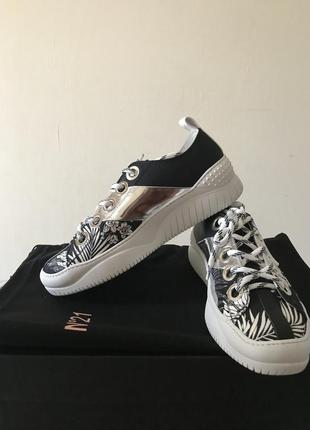 N°21 сникерсы, кроссовки
