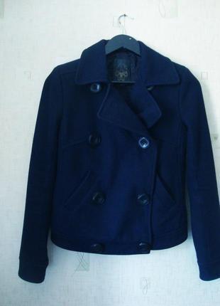 Стильное шерстяное темно синее пальто-пиджак-косуха h&m
