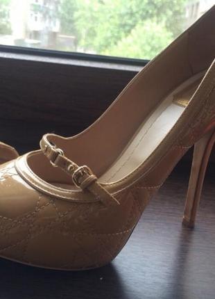 Туфли с открытым носом  dior
