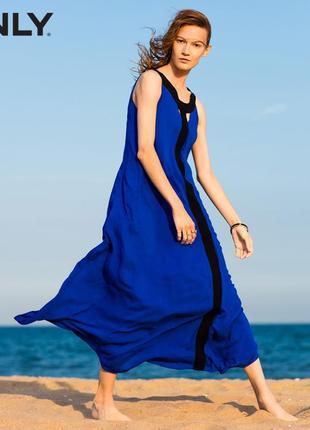 Длинное синее платье only