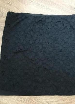 Черная кружевная мини-юбка teranova