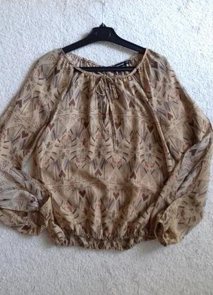 Легкая шифоновая блуза с мелким принтом от atmosphere
