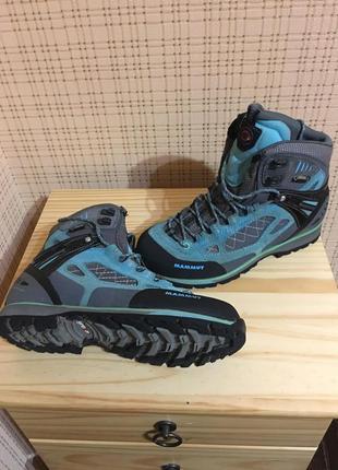 Треккинговые ботинки женские mammut ayako high gtx