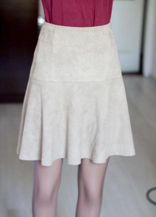 Бежевая юбка под замш s.oliver 10 размер юбка миди замшевая юбка
