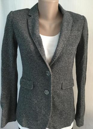 Пиджак трикотажный шерстяной